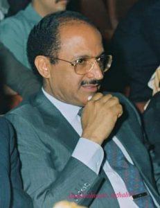 شاهر عبدالحق بعدسة عبدالرحمن الغابري في التسعينيات