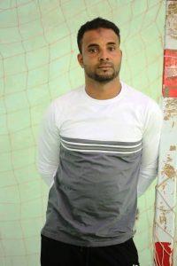 عامر باثابت مدرب فريق كره اليد بنادي شباب القط